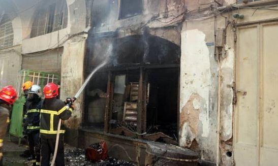 آتش سوزی در اغذیه فروشی خیابان آرژانتین، کارگر جوان جان باخت